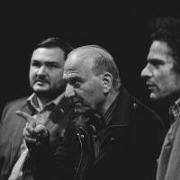 Theodoros Therzopoulos podczas spotkania, Poza Okiem